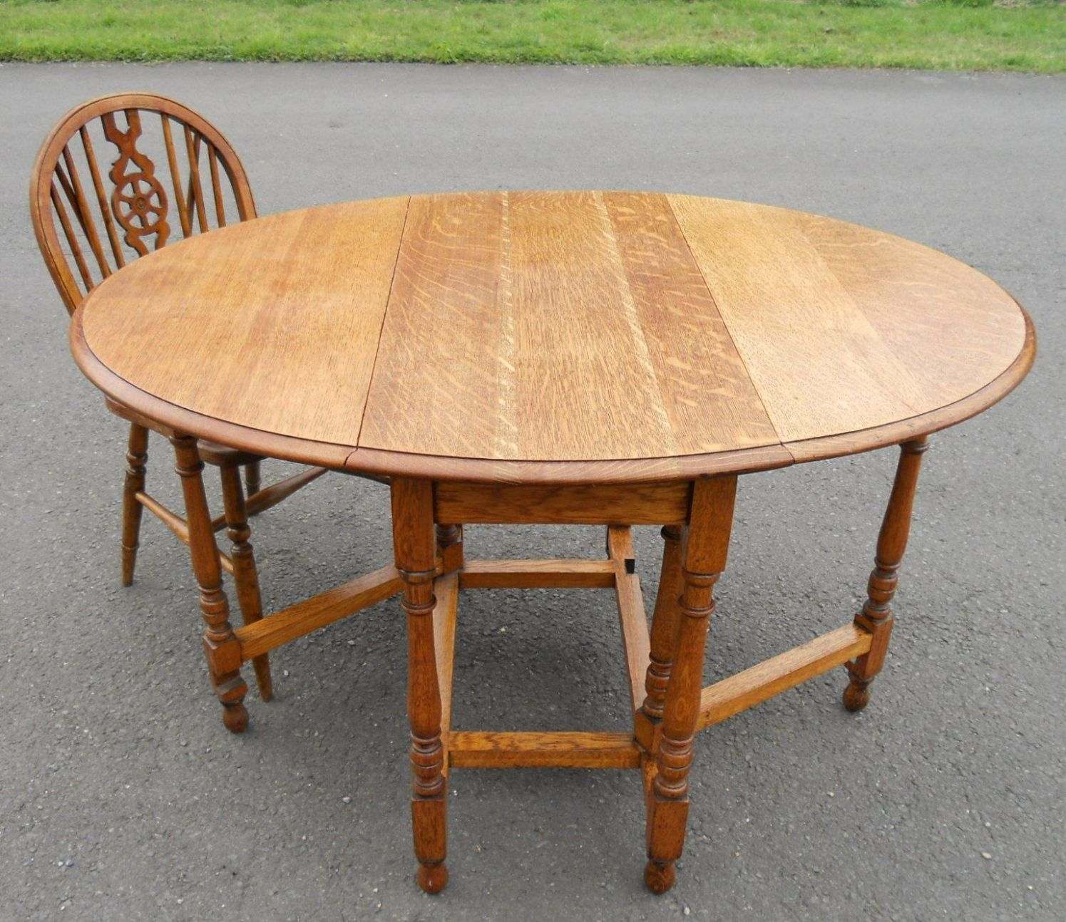 Oval Oak Coffee Table Uk: Light Oak Oval Gateleg Table